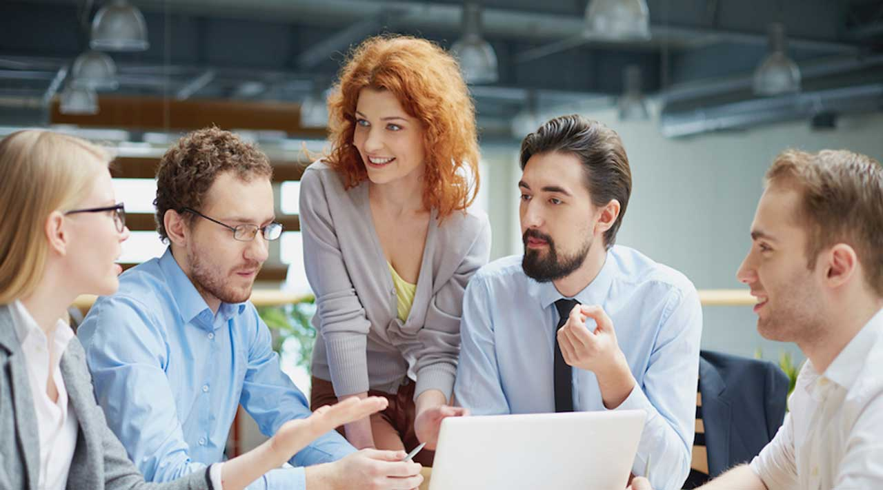The Pros and Cons of Having a Human Resources Department
