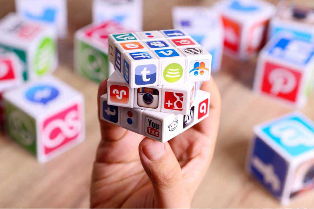 Step-by-Step Guide to Social Media Marketing for Small Businesses